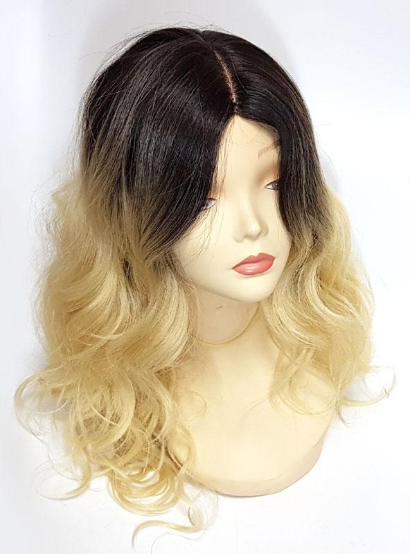 Купить парик по цене от 3300 рублей